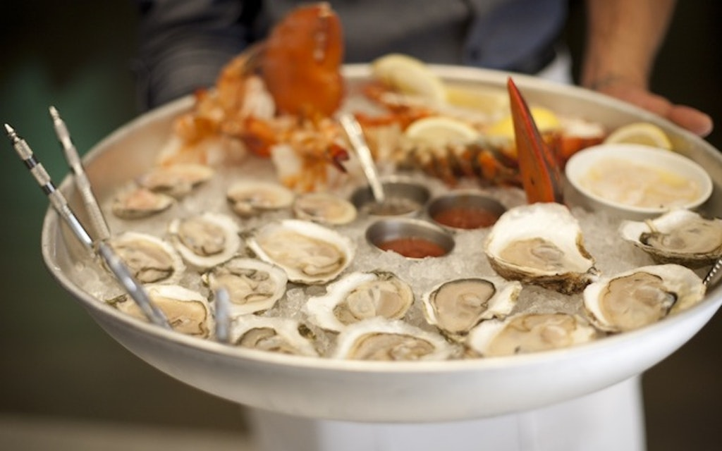 Where to find $1 oysters around Back Bay